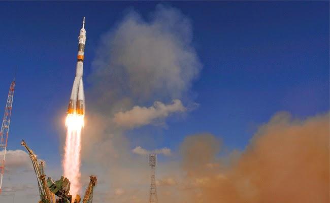 Start rakiety R-7