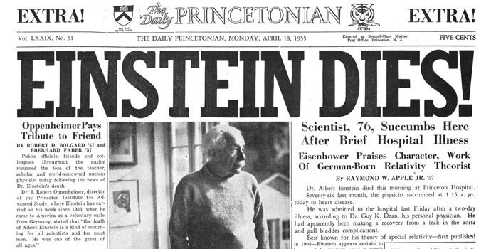Jeden znagłówków gazet jakie ukazały się pośmierci Einsteina wkwietniu 1955 roku. Wswoim hołdzie dla zmarłego Oppenheimer napisał: