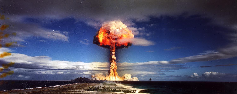 Szanowny panie, potrzebujemy bomby!