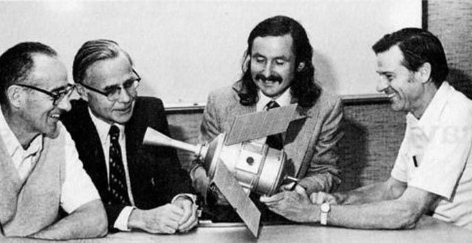 Twórcy sondy Gravity Probe B
