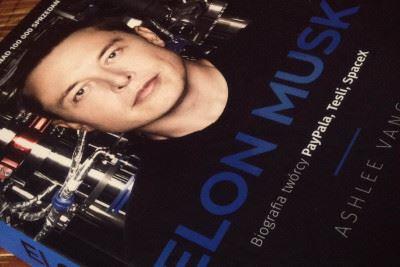 'Czy masz mnie zaszaleńca?' – recenzja biografii ElonaMuska