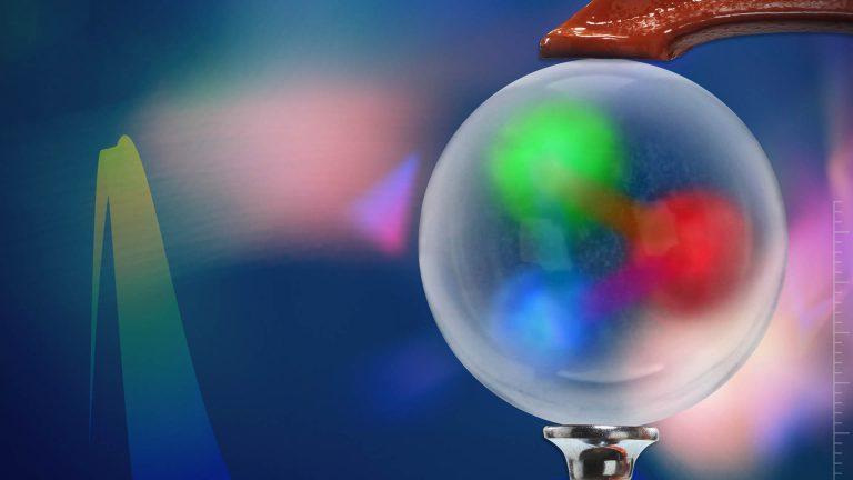 Mezony pi, czyli cząstki stawiające atom dopionu