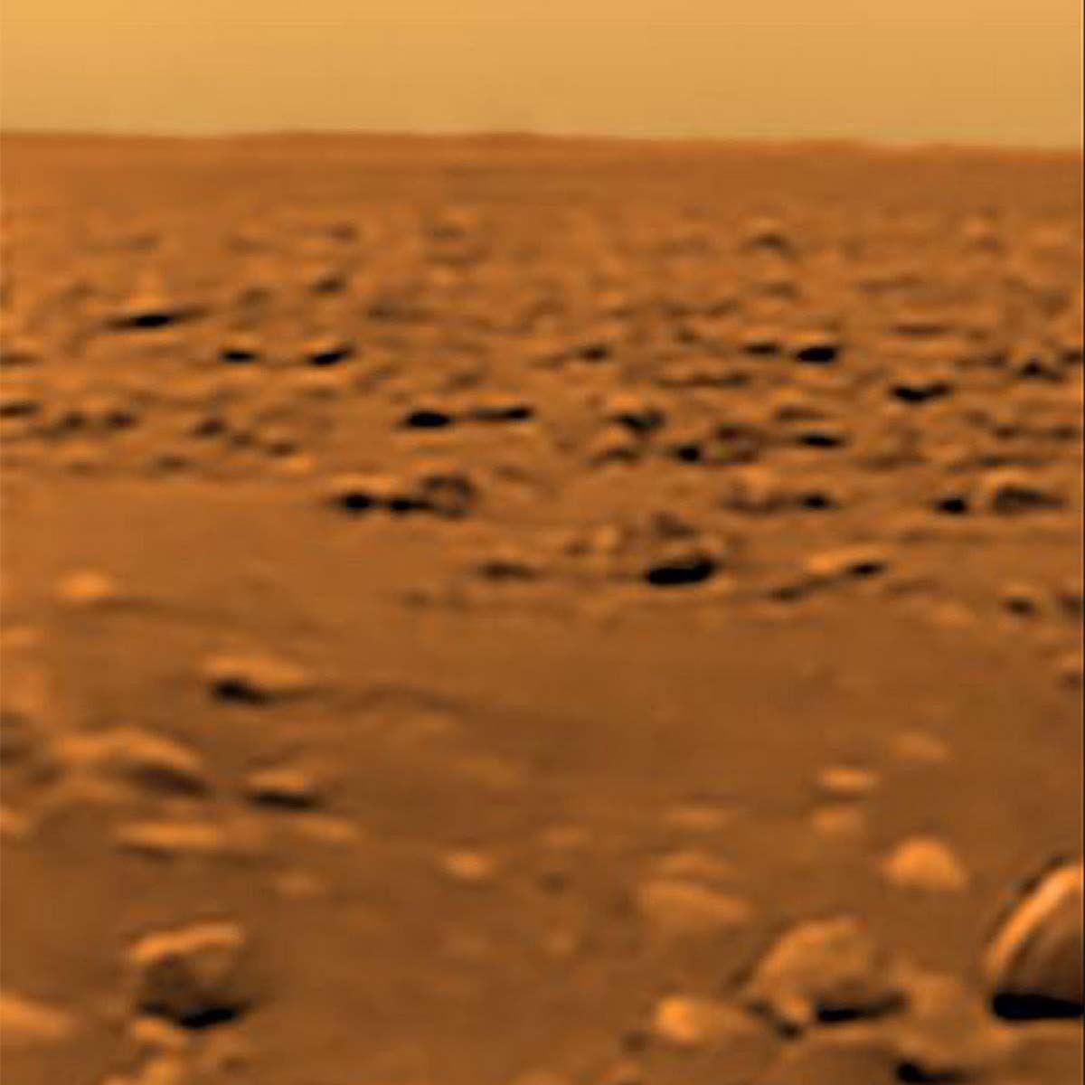 Próbnik Huygens sfotografował powierzchnię Tytana
