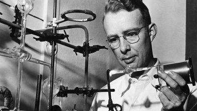 Fizyk jądrowy, który uśmiercił dinozaury – Luis Alvarez