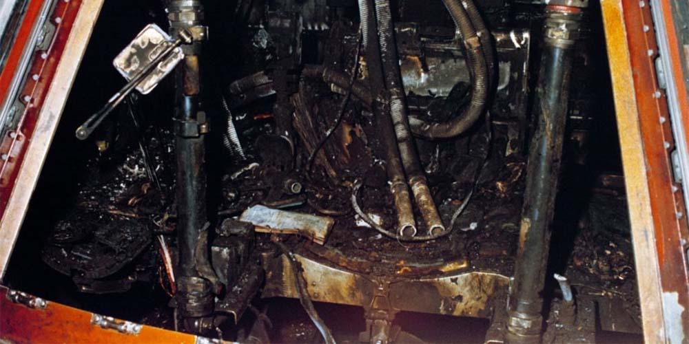 Moduł dowodzenia Apollo 1 po pożarze