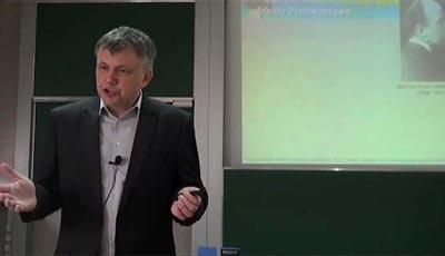 M. Szopa: Efekty prekwantowe