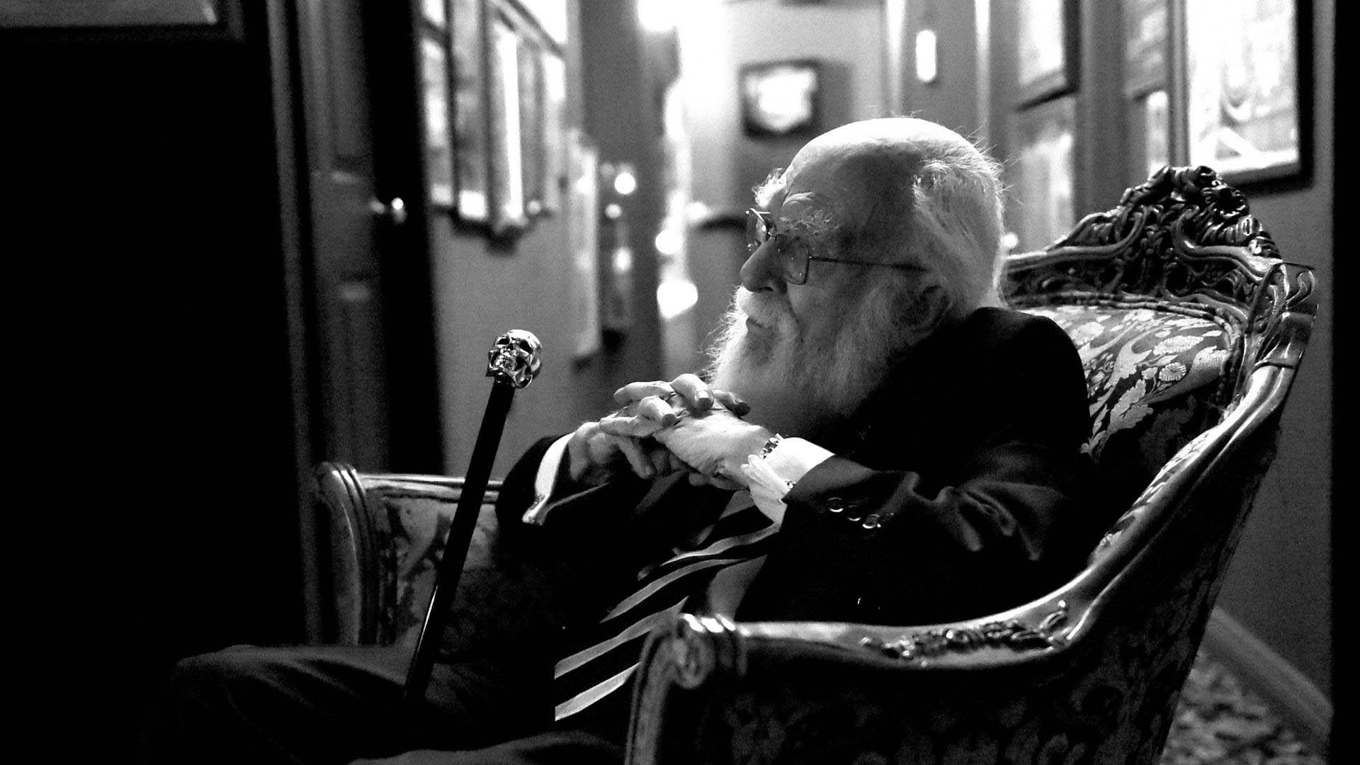 Zdumiewający James Randi