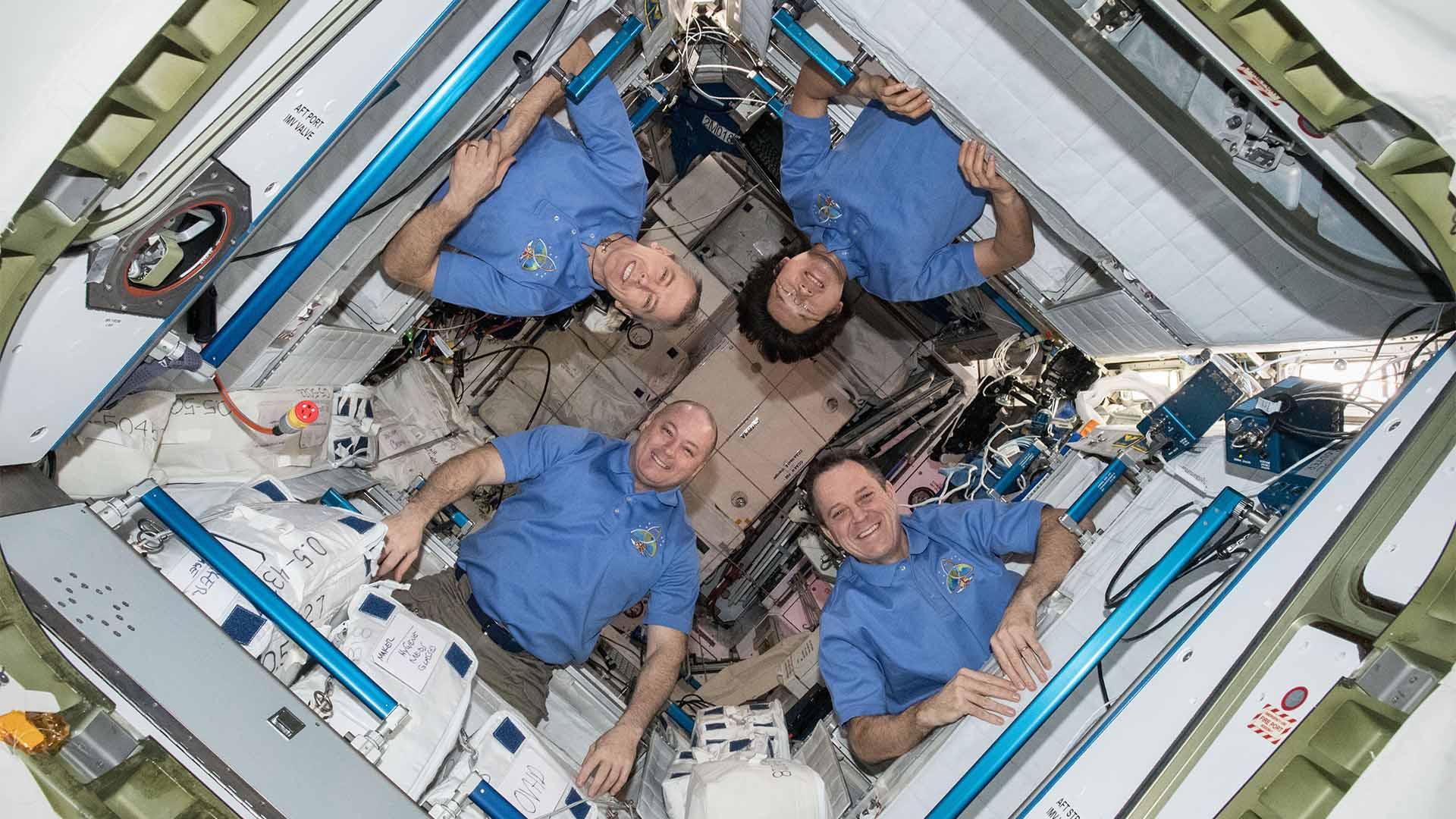 Jak ciasno jest na ISS?